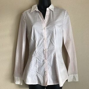 (NWOT) Size 6/Small H&M V-Neck Buttoned Blouse